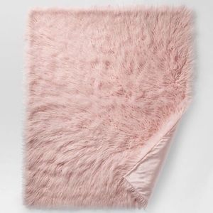 Project 62 Faux Fur Pink Throw Blanket
